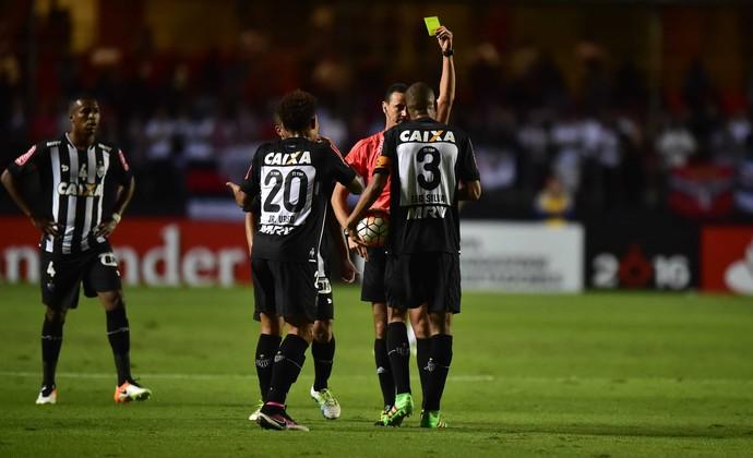 Leonardo Silva São Paulo Atlético Libertadores (Foto: Marcos Ribolli)
