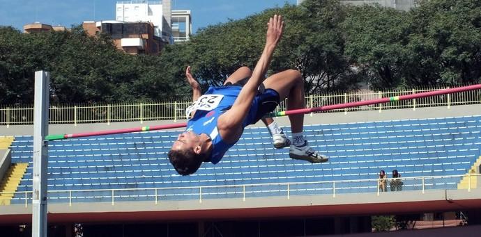 Talles Silva faz o índice para o Mundial de Pequim (Foto: Reprodução/Facebook)