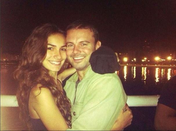 Mariana Moschen e o namorado, Daniel Nigri (Foto: Reprodução Instagram)