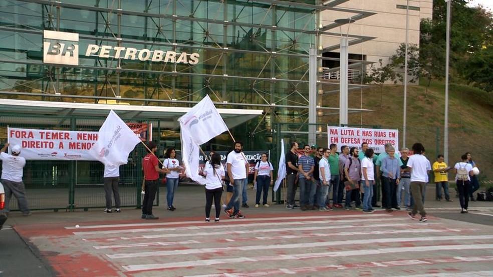 Vitória tem protesto contra mudanças nas leis trabalhistas (Foto: Reprodução/ TV Gazeta)