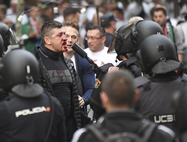 """BLOG: Torcida do Legia """"toca o terror"""" nas ruas de Madrid antes de jogo com o Real"""