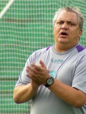 Branco, técnico do Guarani (Foto: Carlos Velardi/ EPTV)