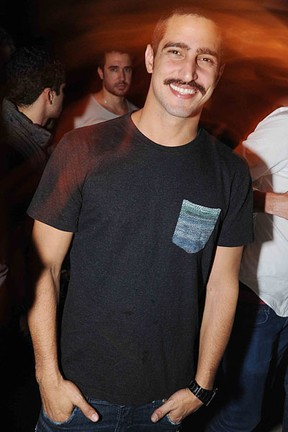 Renato Góes em festa na Zona Sul do Rio (Foto: Ari Kaye/ Divulgação)