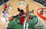 Pontos, assistências, tocos... confira as estatísticas dos jogos da NBA (Getty)