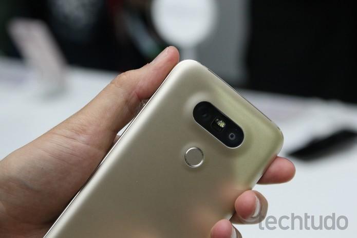 LG G5 vem com câmera dupla na traseira e bateria modular (Foto: Fabricio Vitorino/TecTudo) (Foto: LG G5 vem com câmera dupla na traseira e bateria modular (Foto: Fabricio Vitorino/TecTudo))