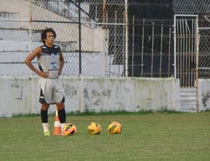 Lateral-direito Felipe Almeida (Foto: André Vinícius / GE.COM/CARUARU)