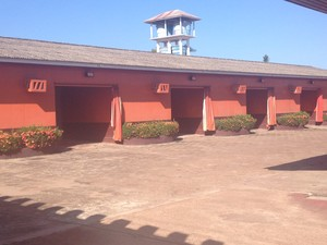 Motel está localizado no município Santana, a 17 quilõmetros de Macapá (Foto: Dyepeson Martins/G1)