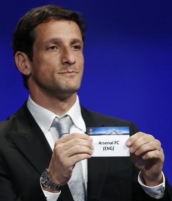 42c8452059 Belletti sorteio Uefa Liga dos Campeões (Foto  Getty Images)