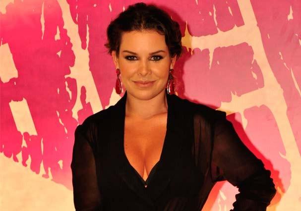 A pele de Fernanda Souza está sempre impecável! (Foto: TV Globo)