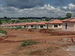 Inscrições para o 'Minha Casa, Minha Vida' estão abertas em Araxá, MG (Foto: Reprodução/TV Integração)