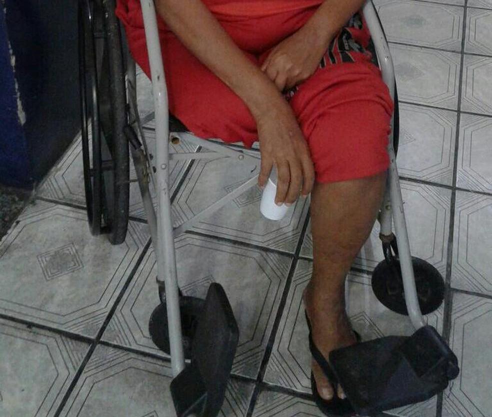 Cadeirante é mãe de detento e já cumpriu pena por tráfico de drogas (Foto: Arquivo Pessoal)