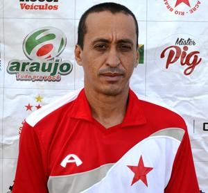 Sebastião da Silva (Bazar), roupeiro (Foto: Duaine Rodrigues)