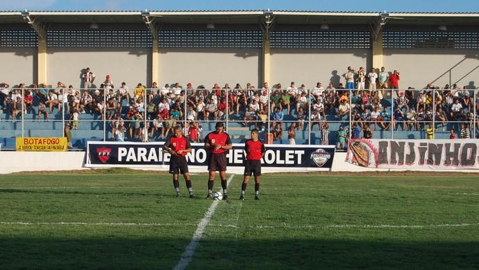 Clizaldo Maroja no jogo Botafogo-PB x CSP (Foto: Lucas Barros / Globoesporte.com/pb)