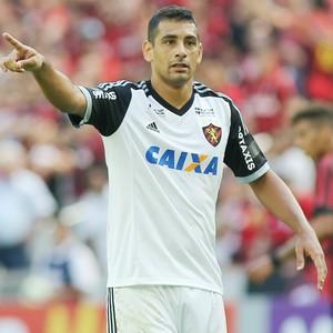 Atlético-PR Sport Diego Souza (Foto: Giuliano Gomes/ Agência PRPRESS)