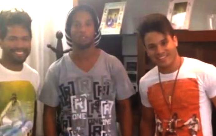 Ronaldinho com João Lucas e Marcelo (Foto: Reprodução - Instagram)