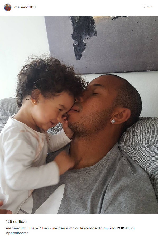 """BLOG: Mariano posta com a filha: """"Triste? Deus me deu a maior felicidade do mundo"""""""