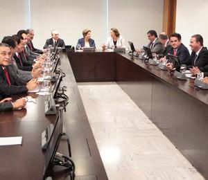 Dilma Rousseff se reúne nesta quinta-feira (27) em Brasília com líderes de partidos políticos da base aliada do governo (Foto:  André Coelho / Agência O Globo)