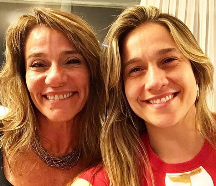 Fernanda Gentil e mãe no Caldeirão do Huck (Foto: Arquivo pessoal)