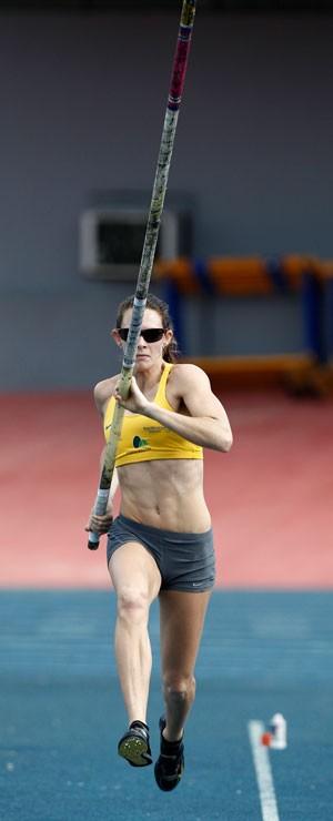 fabiana murer salto com vara treino (Foto: Agência Reuters)