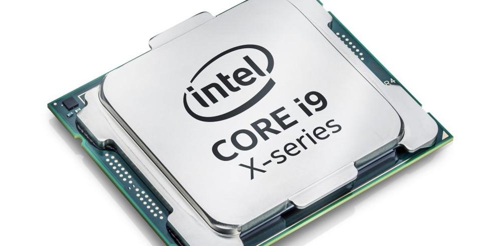 O i9-7980XE, chip da família Core i9, com 18 núcleos e 36 threads. (Foto: Divulgação/Intel)