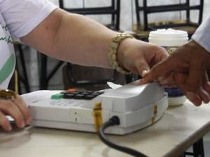 Dia de votação em Ji-Paraná: 20 denúncias foram realizadas em Ji-Paraná, mas até agora nenhuma pessoa foi presa por boca de urna (Foto: Marco Bernardi/G1)
