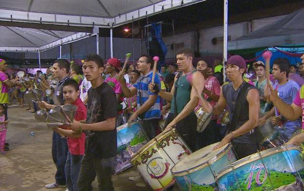 Ensaio da bateria da Maracatu da Favela (Foto: Reprodução/TV Amapá)