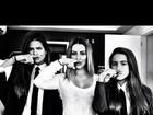 Filhas de Glória Pires postam foto com 'bigodinho' em rede social