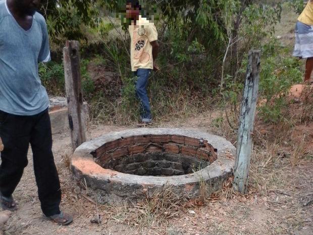 Adolescente foi encontrado dentro de cisterna em Eunápolis (Foto: Divulgação / Polícia Civil)