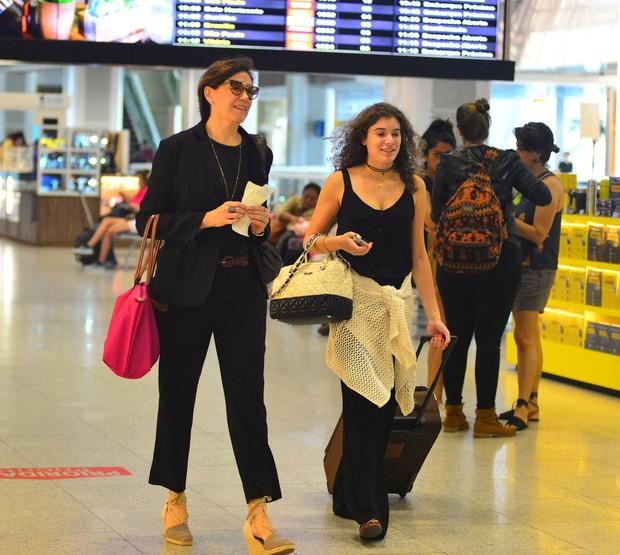 Lilia Cabral e a filha (Foto: William Oda/AgNews)