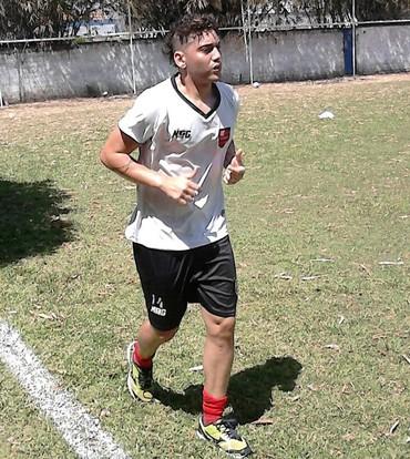 Luís Henrique, meia Flamengo-PI (Foto: Felipe Leal)