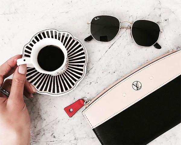 Os óculos hexagonais da Ray-Ban (Foto: Reprodução/Instagram)