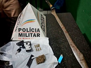Espada Patos de Minas (Foto: Polícia Militar/Divulgação)