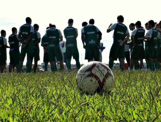 Uberlândia Esporte durante treino em Uberlândia (Foto: Andréia Candido/GLOBOESPORTE.COM)