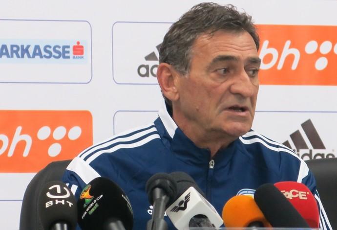 Sredojevic afirma que Bósnia poderá ter desfalques no jogo (Foto: Alexandre Lopes)
