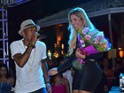 Nego do Borel canta em festa de Veronica Costa