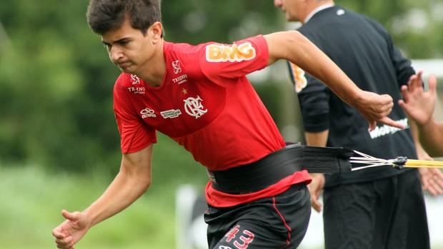 Mattheus treino Flamengo (Foto: Mauricio Val / VIPCOMM)