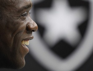 seedorf botafogo (Foto: Jorge William/Globo)