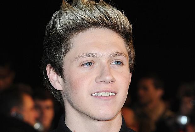 Niall Horan de aparelho nos dentes (Foto: Getty Images)