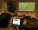 De casa, Tom Brady acompanha possíveis rivais nos playoffs da NFL