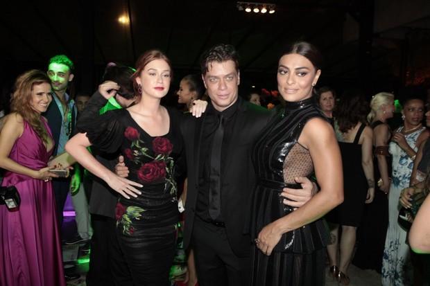 Marina Ruy Barbosa, Fábio Assunção e Juliana Paes (Foto: Isac Luz / EGO)