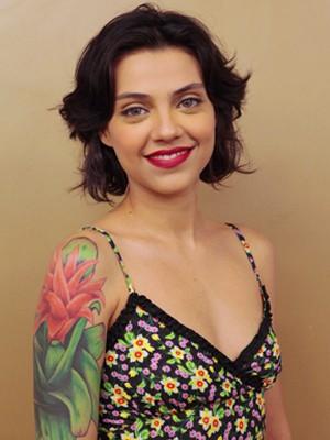 Aprenda a fazer a maquiagem de Miriam (Foto: Amor Eterno Amor / TV Globo)