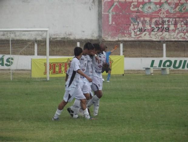 Rivaldo comemora gol do Corintians-RN contra o Palmeira-RN (Foto: Jocaff Souza)