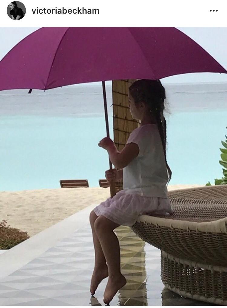 Post de Victoria Beckham com a filha Harper (Foto: Reprodução)