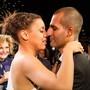 Após buquê em 2011, noivos  se casam na Rock Street (Luciano Oliveira/G1)