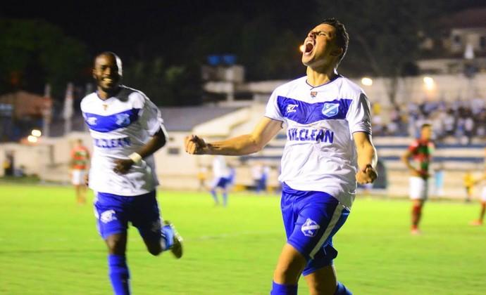 Jorge Mauá comemora gol Taubaté Portuguesa Série A2 (Foto: Bruno Castilho/EC Taubaté)