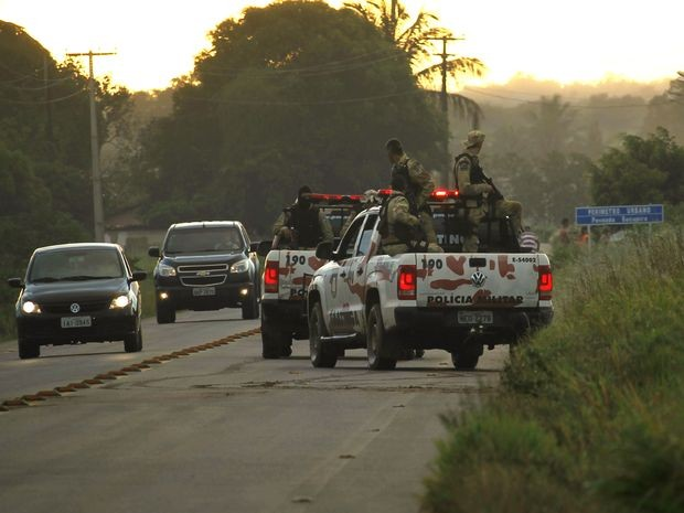 Pelotão de Caatinga está fazendo ronda dentro de canaviais (Foto: João Áquila/ge.com)