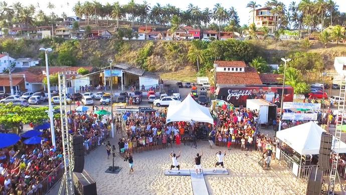 Banda Grafith levou uma multidão na gravação do 'Rota' de verão (Foto: Alexandre Gomes)