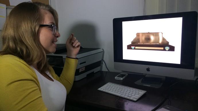 Ana Luiza - designer responsável pelo troféu do JL (Foto: Alexandre Filho/GloboEsporte.com)
