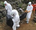 Ação contra o ebola encontra 70 corpos (Reuters/BBC)