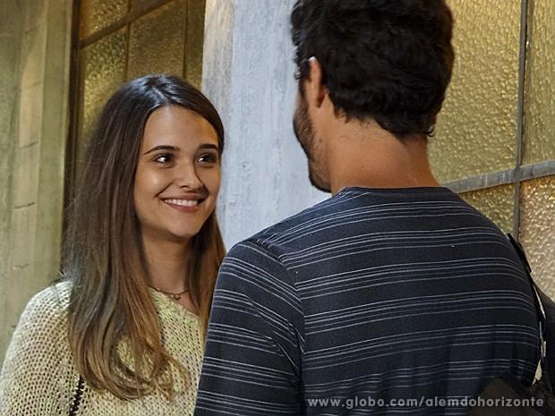 Lili adora o beijo de William  (Foto: Além do Horizonte/TV Globo)